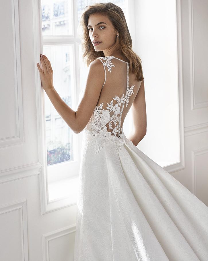 b04257027 vestidos-novia-zaragoza-madrid-lunanovias (4)